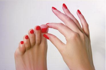 Feet_1920 x 1280
